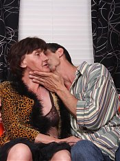 Hot granny Stephanie shows off her greed for sex and gets cock plugging by grinding her pussy