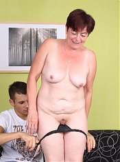 Hot ass older babe Simone shows off her flabby ass and gets screwed in different positions
